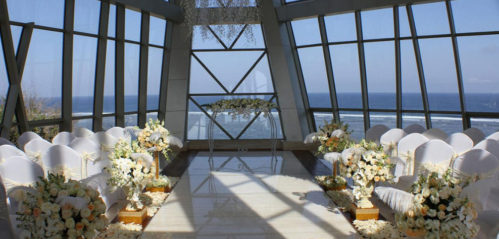 pearl chapel samabe wedding decoration - samabe bali resort and villas