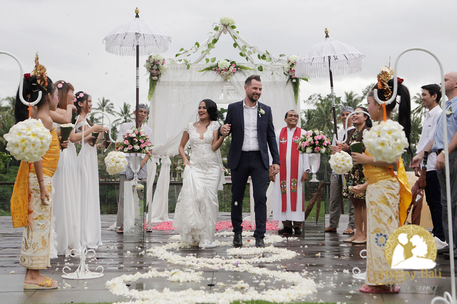 happy bali wedding - the bali channel