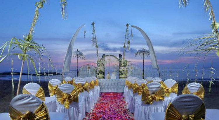 beach front wedding at bali dynasty